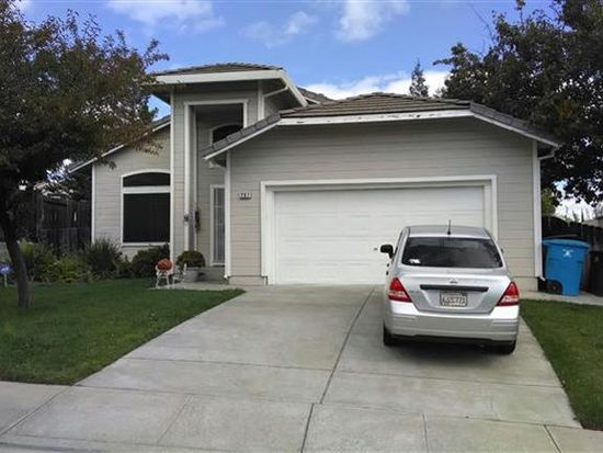 207 Milford Ct, Vacaville, CA 95688