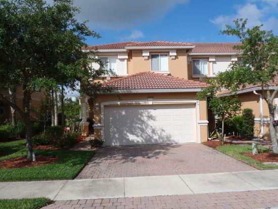 10008 Salina St, Fort Myers, FL 33905