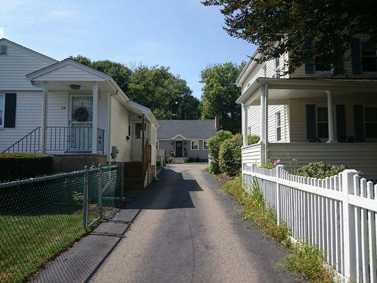 66 Maple St # R, West Roxbury, MA 02132