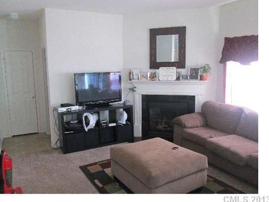 8602 Redding Glen Ave, Charlotte, NC 28216