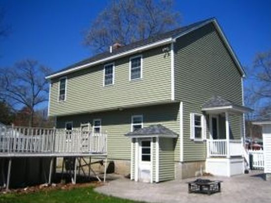8 Williams St, Salem, NH 03079