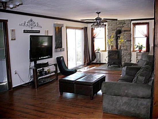 1056 Indian Cv, Auburn, PA 17922