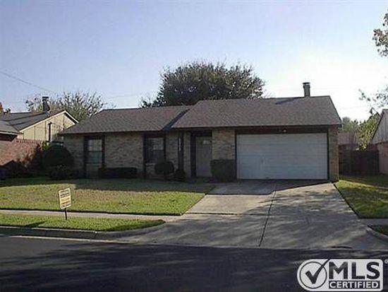 6908 Glenhurst Dr, Fort Worth, TX 76182