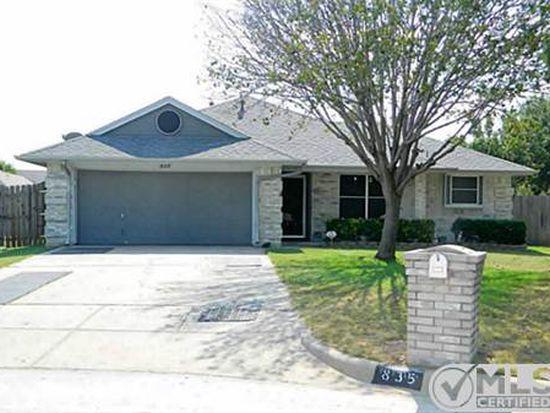 835 Glenwick Ct, Burleson, TX 76028