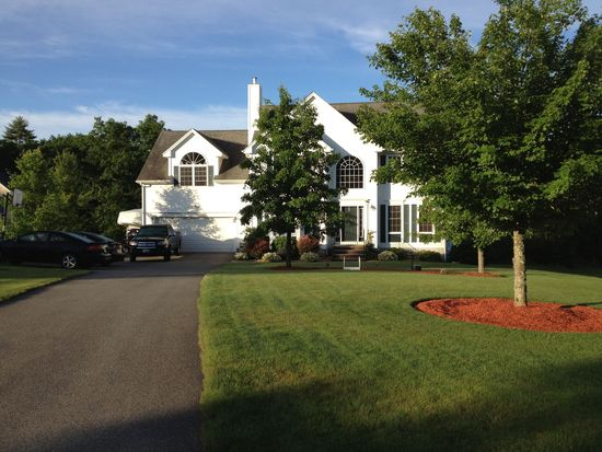 4 Corliss Rd, Windham, NH 03087