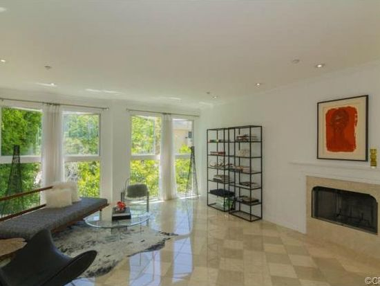 1932 Selby Ave APT 202, Los Angeles, CA 90025