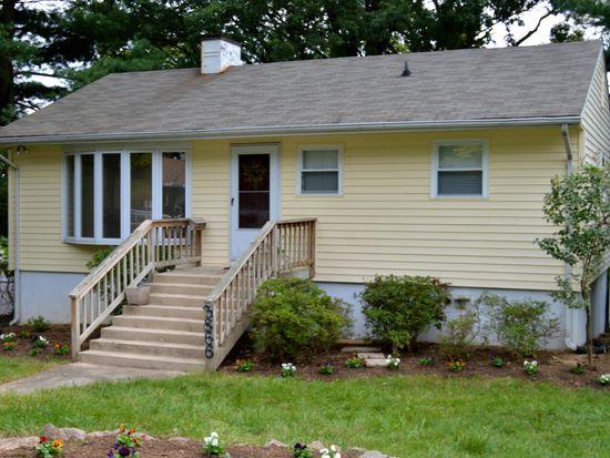 3866 Pinewood Ter, Falls Church, VA 22041