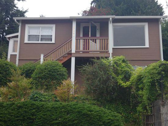 3241 48th Ave SW, Seattle, WA 98116