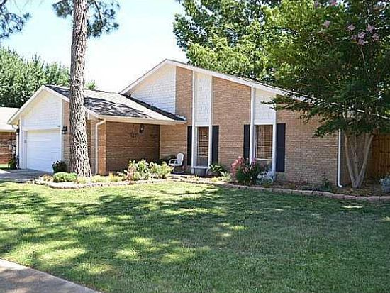 4100 Coventry Ln, Norman, OK 73072
