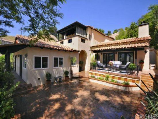 5025 Llano Dr, Woodland Hills, CA 91364