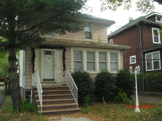 516 Dewey Ave, Cliffside Park, NJ 07010