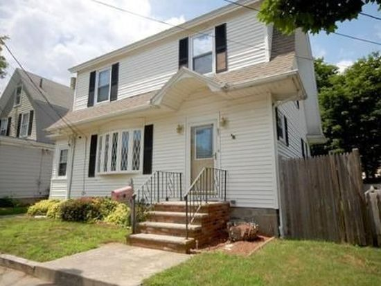 83 Fairview Ave, Peabody, MA 01960