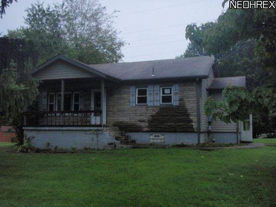 821 Boyd St NE, Masury, OH 44438