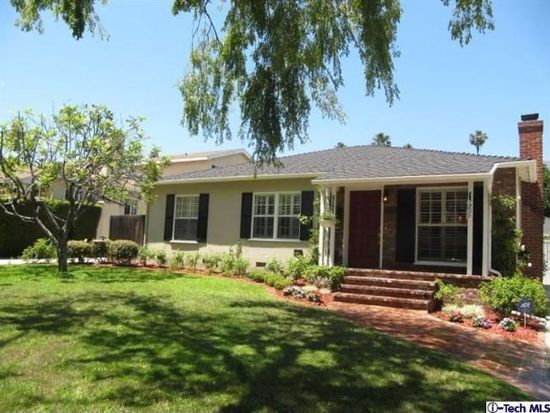 2355 Queensberry Rd, Pasadena, CA 91104