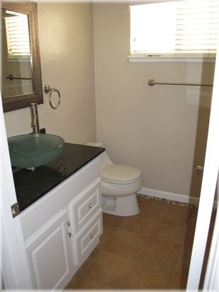 1085 N Abbott Ave, Milpitas, CA 95035