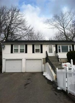39 Lewis St, Haverhill, MA 01830