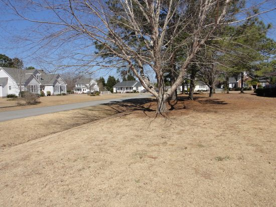 2117 Canyon Dr, Winterville, NC 28590
