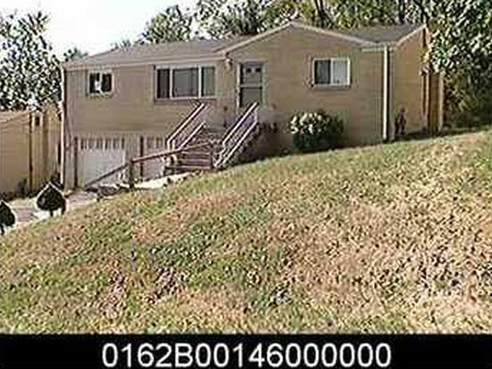 111 Connie Dr, Pittsburgh, PA 15214