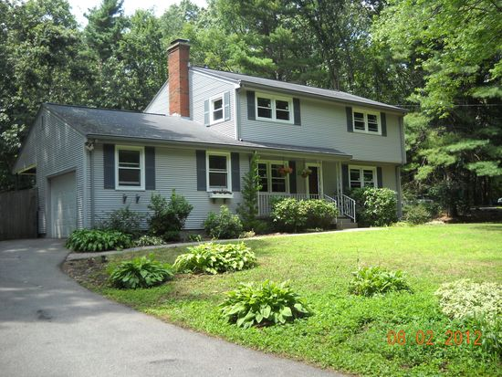92 Dodge Hill Rd, Sutton, MA 01590