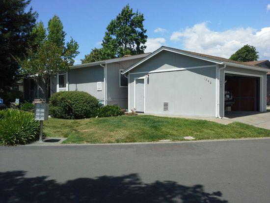 1542 Royal Oak Dr, Petaluma, CA 94954