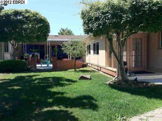 4431 Casa La Cresta, Castro Valley, CA 94546