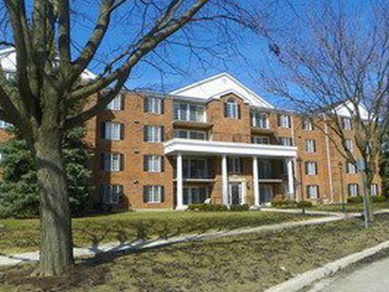 326 Park Ave APT 22, Clarendon Hills, IL 60514