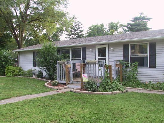 410 Maple St, Centerville, IN 47330