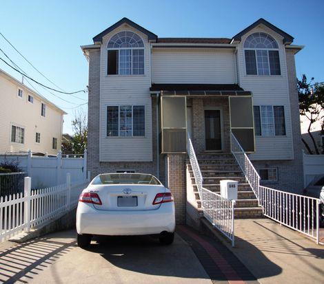 646 Seaview Ave, Staten Island, NY 10305