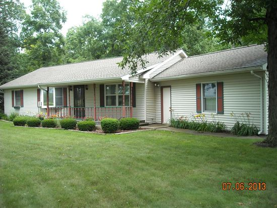 802 Norwood Dr, North Manchester, IN 46962