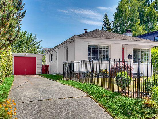 8520 Interlake Ave N, Seattle, WA 98103