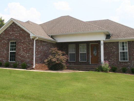 120 Wood St, Water Valley, MS 38965