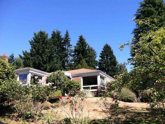 2152 NE 102nd St, Seattle, WA 98125