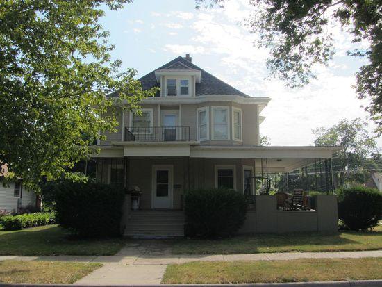 522 Tremont St, Cedar Falls, IA 50613