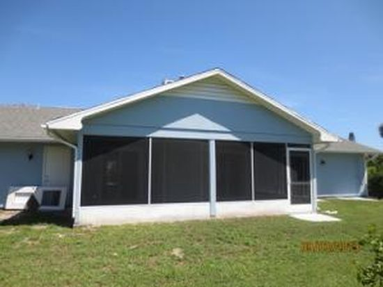 1915 Rio Vista Dr, Fort Pierce, FL 34949