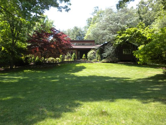 505 Johnston Dr, Watchung, NJ 07069