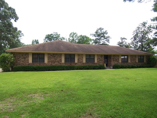 101 Greenwood Dr, Hattiesburg, MS 39402
