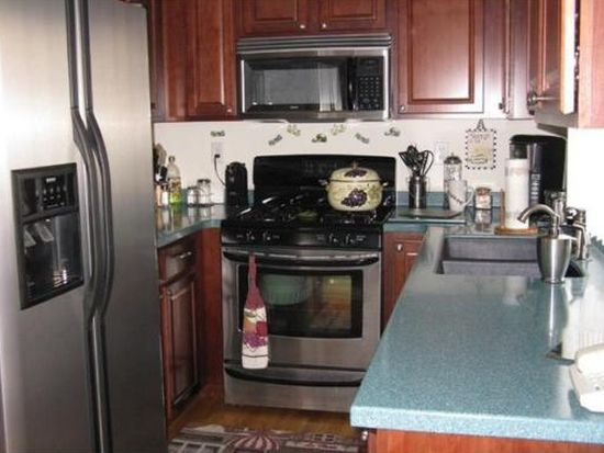 30 N Central St UNIT 4, Peabody, MA 01960