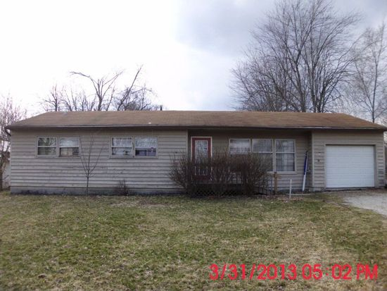 15713 Walnut St, Huntertown, IN 46748