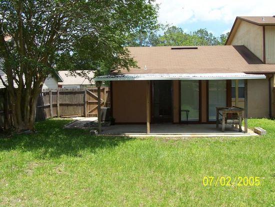 2646 Hidden Village Dr, Jacksonville, FL 32216