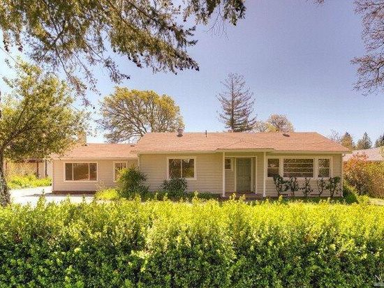 245 Sky Oaks Dr, Angwin, CA 94508
