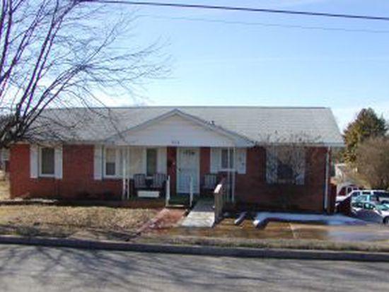 808 Liberty Bell Blvd, Johnson City, TN 37604