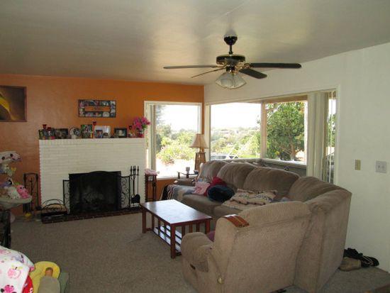 1079 Paloma Rd, Del Rey Oaks, CA 93940