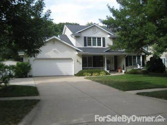 5409 Pleasant St, West Des Moines, IA 50266