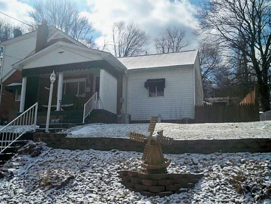 405 Mary St, Jeannette, PA 15644