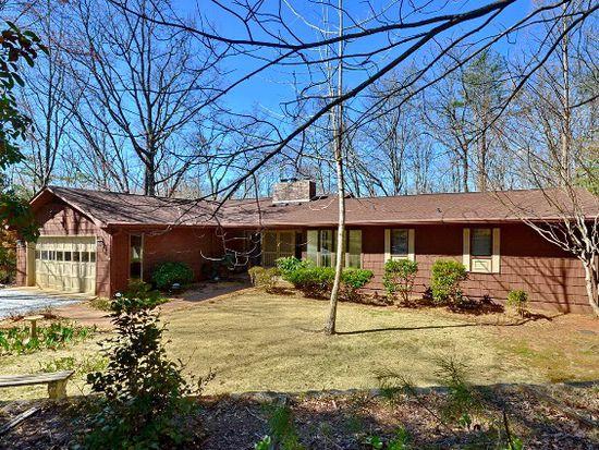 428 Mountain Laurel Dr, Columbus, NC 28722