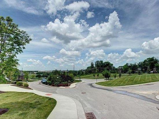 146 Point Oakwood Way, Dayton, OH 45409