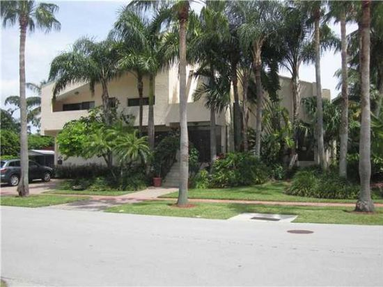 901 W 43rd Ct, Miami Beach, FL 33140