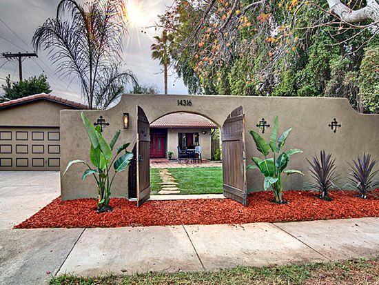 14316 Huston St, Sherman Oaks, CA 91423