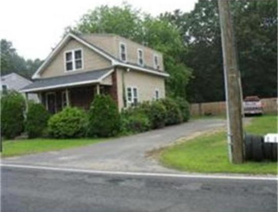 104 North St, Agawam, MA 01001