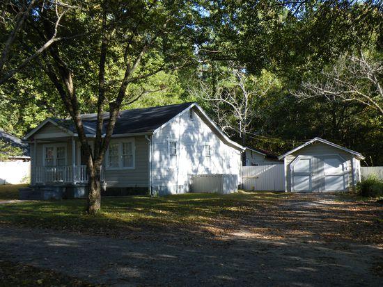 1085 Whitehead Rd, Sugar Hill, GA 30518